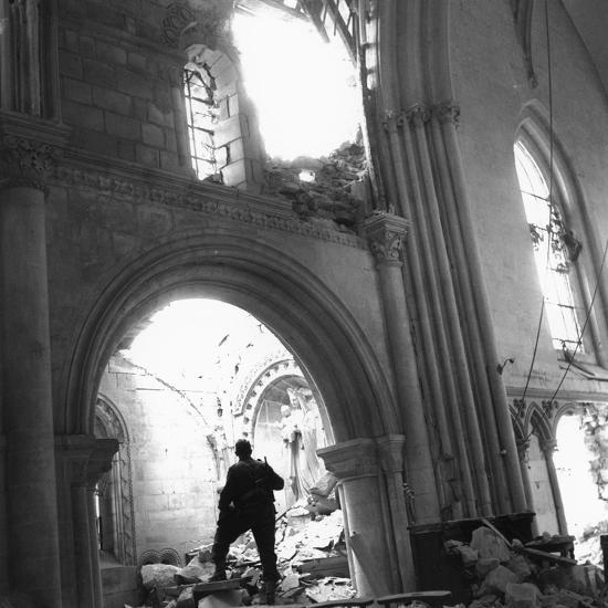 wwii-destroyed-church-france_u-l-q10oxmr0